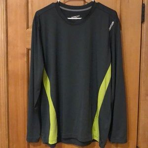 Me's Reebok long sleeve workout ready shirt
